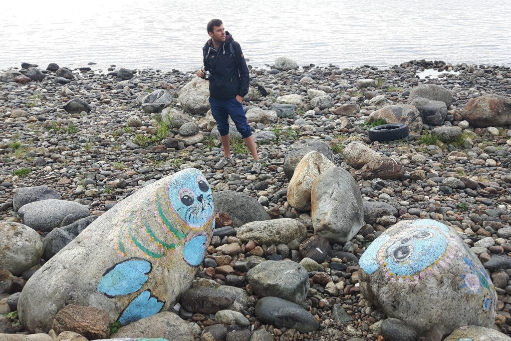 Nerpy bajkalskie leniwie wyczekują nadejścia lepszych czasów.